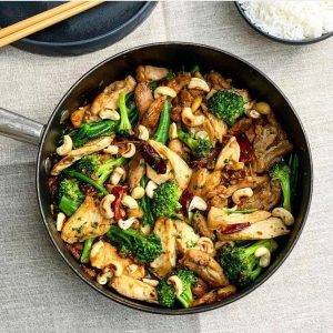 Chinese Chicken, Broccoli and Cashew Nuts