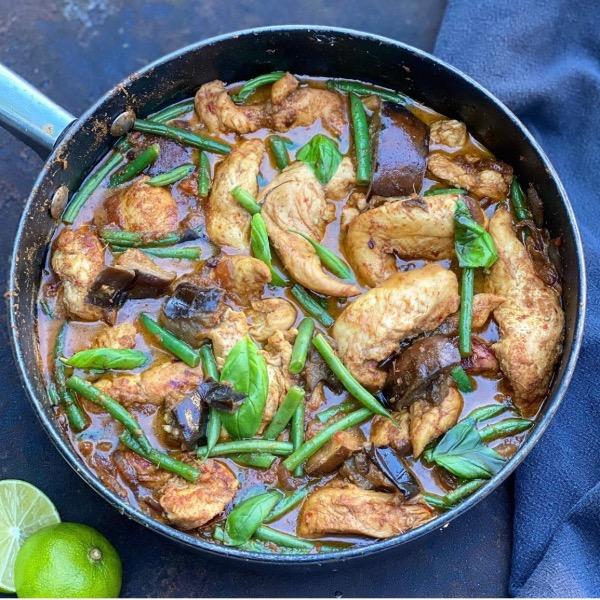 Chicken & Aubergine Massaman Curry